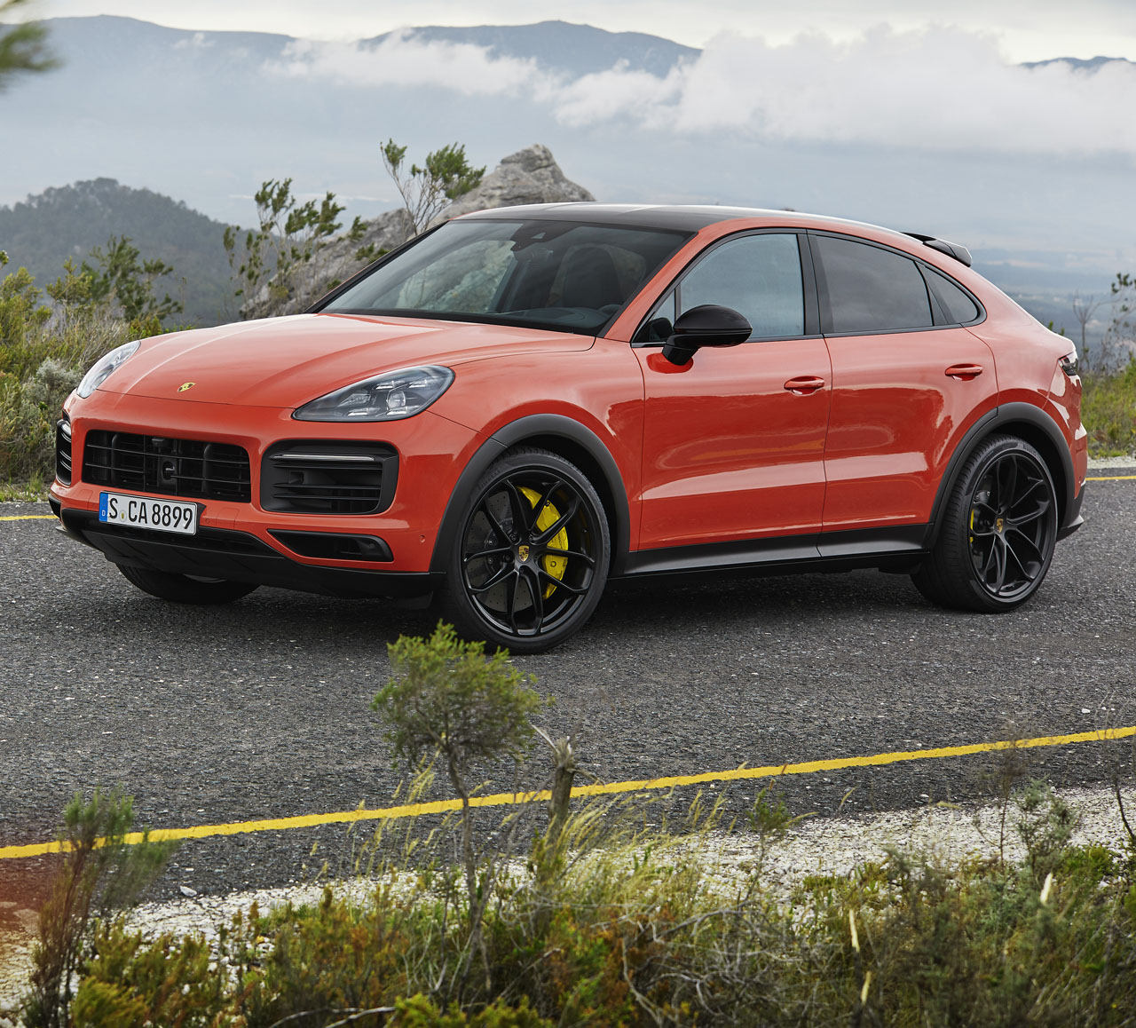 Porsche Crossover Suv: Hot New 2020 Porsche Cayenne Coupé Unveiled