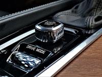 2019 Volvo XC90 T6 AWD Inscription Road Test