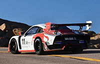 Jeff Zwart races rare Porsche 935 up Pikes Peak in just 09:43.92 minutes